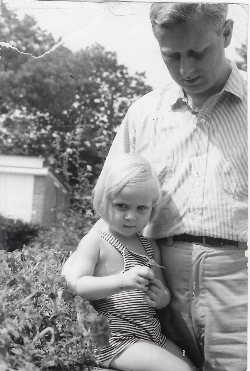 Hendrickje als klein meisje met haar vader